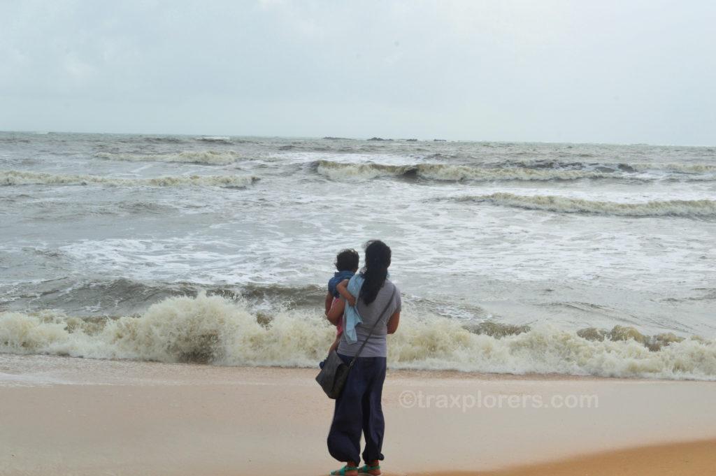 Malpe Beach with my munchkin! @Udupi (Karnataka). @traxplorers.com